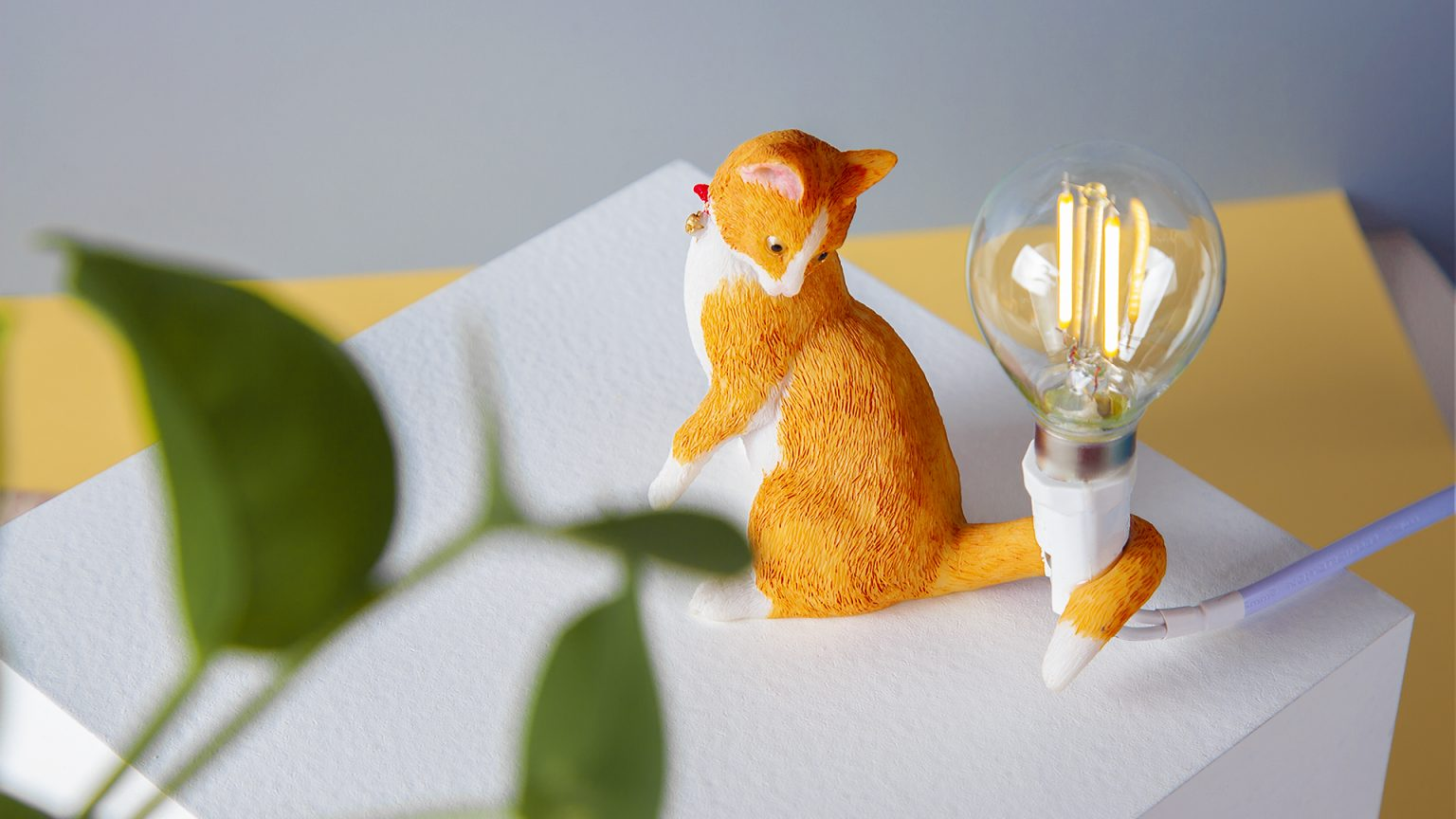 animal table lamp First image